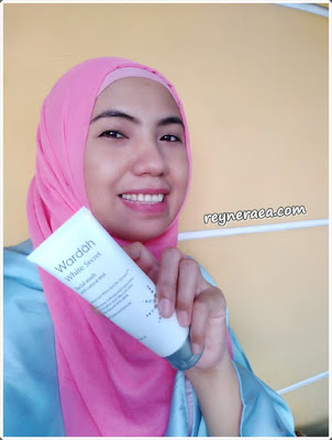 wardah white secret facial wash