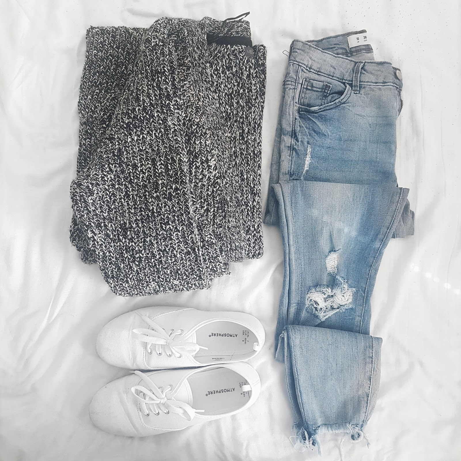 Cardigan, jeans, shoes