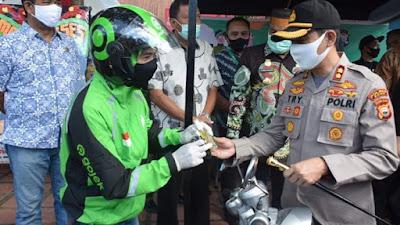 Launching Toko Tani Indonesia Centre dan Gojek Bone, Kapolres Bone Turut Menghadiri