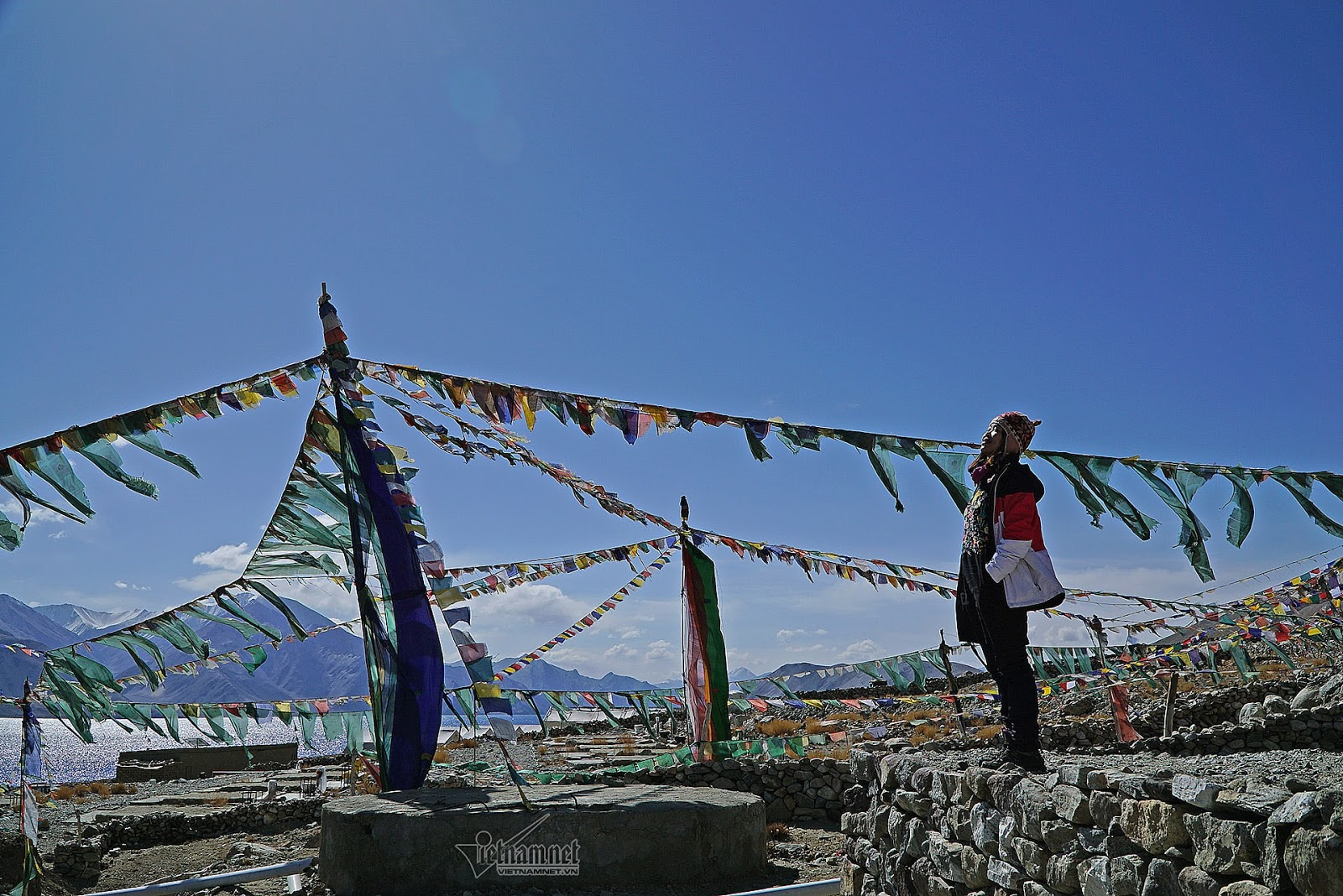 Khám phá vẻ đẹp huyền bí hồ Pangong - Ảnh 3