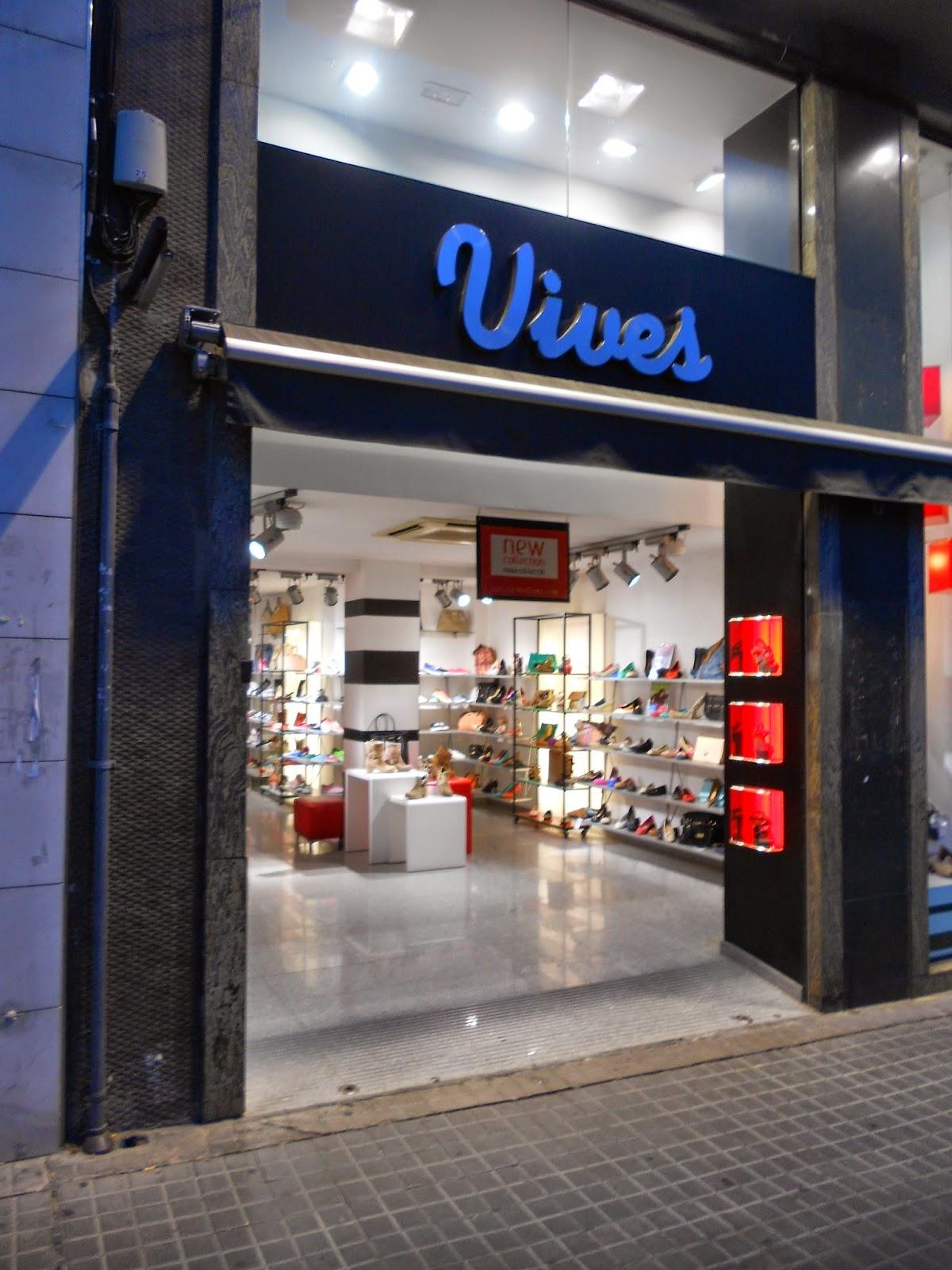 6b02c1b85da VIVES. Zapatería