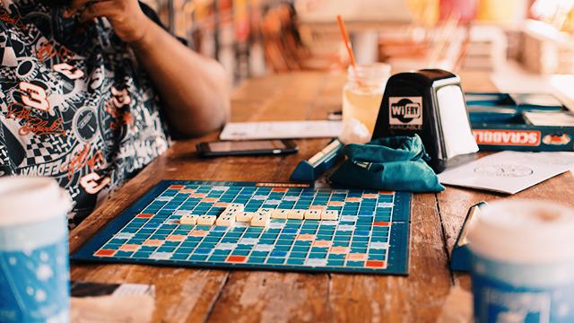 Membuka-Bisnis-Cafe-Permainan-Papan