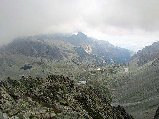 Dolina Staroleśna (słow. Veľká Studená dolina, niem. Großes Kohlbachtal, węg. Nagy-Tarpataki-völgy).