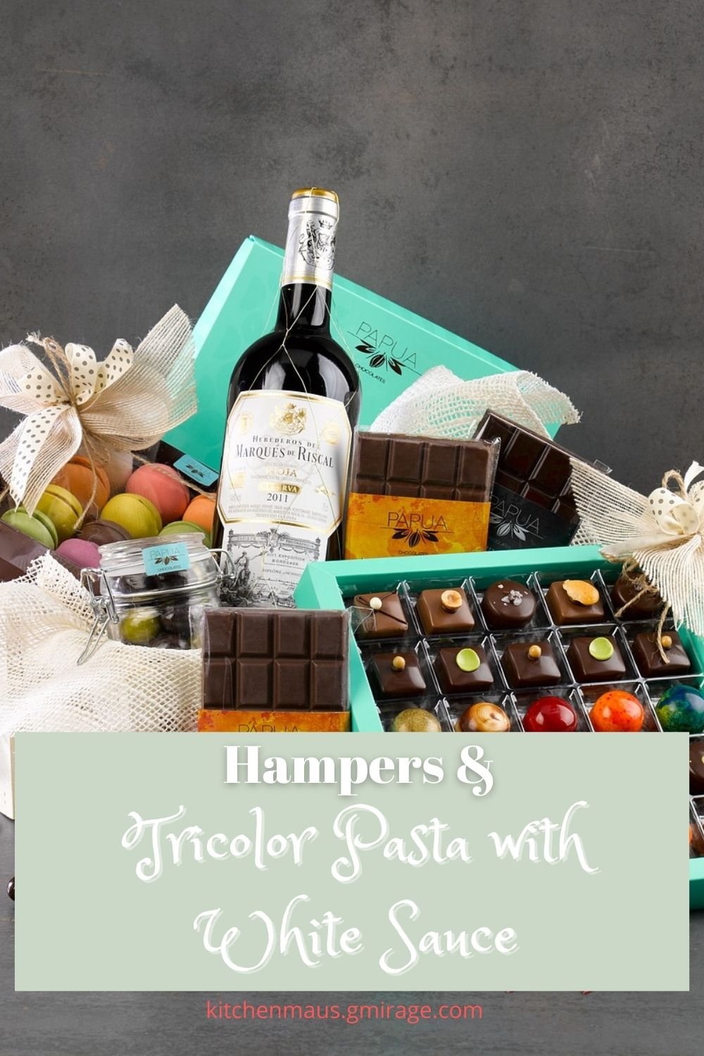 Hampers and Tricolor Pasta with White Sauce
