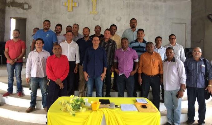 CAXIAS: Prefeito Fábio Gentil se reúne com a Associação de Pastores