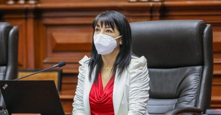 Presidenta del Congreso pide a la UNI información sobre plantas de oxígeno no entregadas