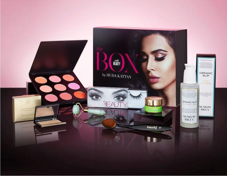 Here are the contents of the Huda Kattan Cult Beauty Box for Fall 2016