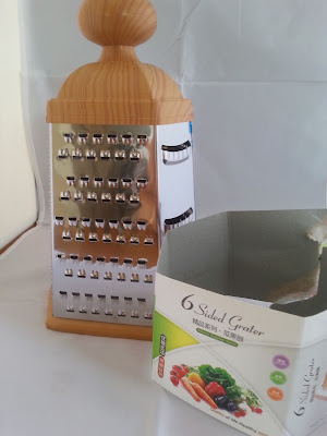 #boxgrater1Easylife Stainless Steel 6-sided Box Grater
