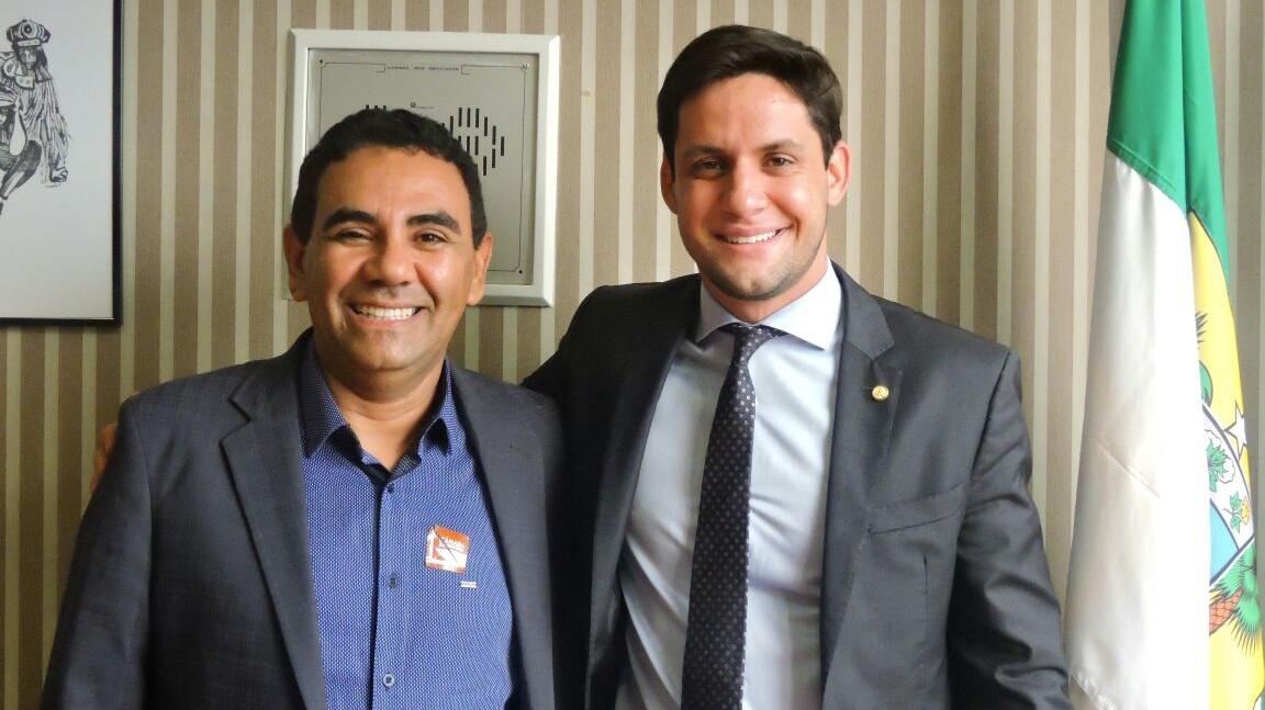 Resultado de imagem para prefeito de ipanguaçu Valderedo