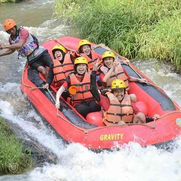 rafting arung jeram gravity sungai palayangan
