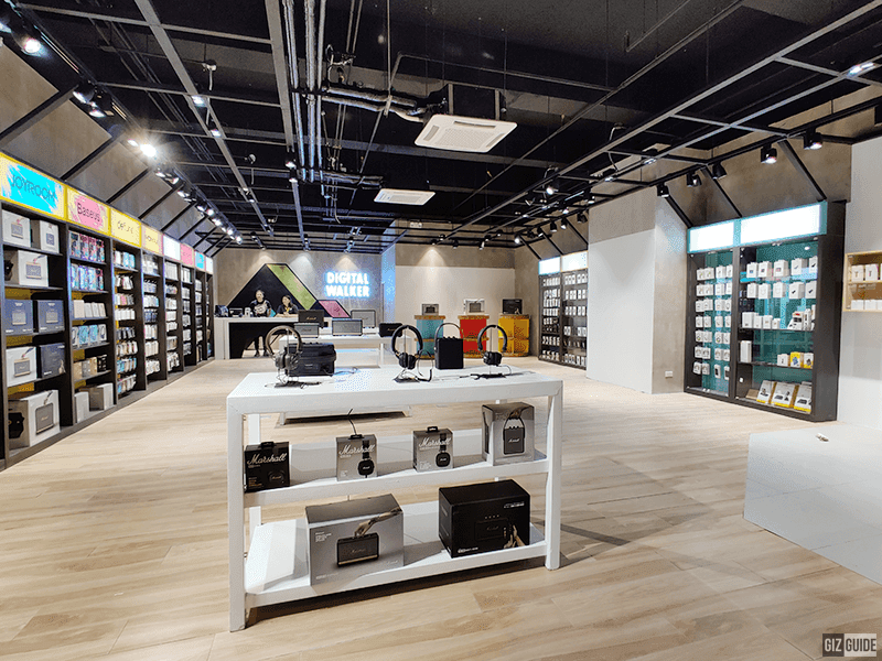 Massive store