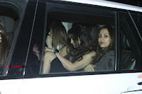 Bollywood Actor Hrithik Roshan and Sussanne Khan Spotted At Bandra .COM 0008.jpg