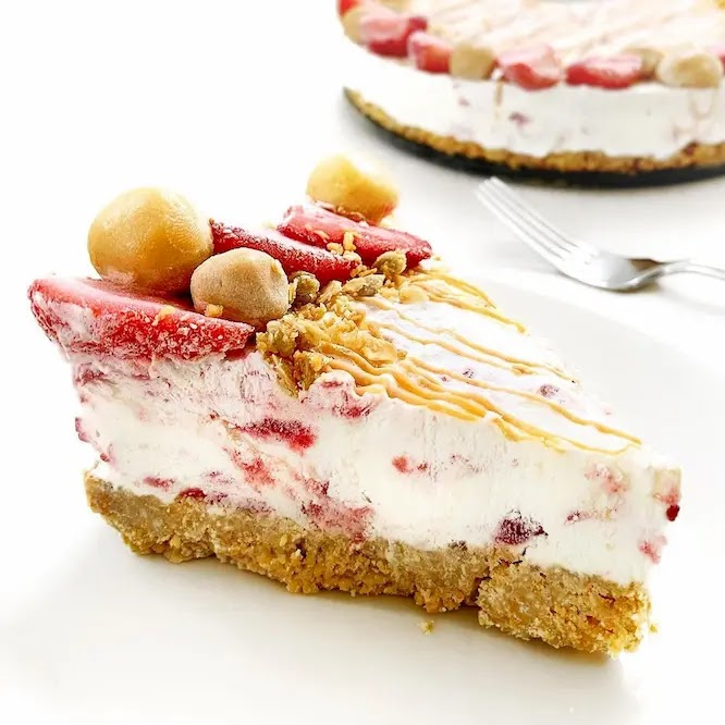 No-Bake Peanut Butter Jelly Icebox Cake