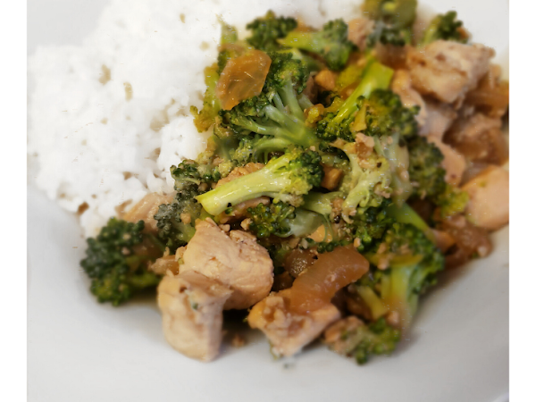 Busy Moms Chicken & Broccoli Stir Fry
