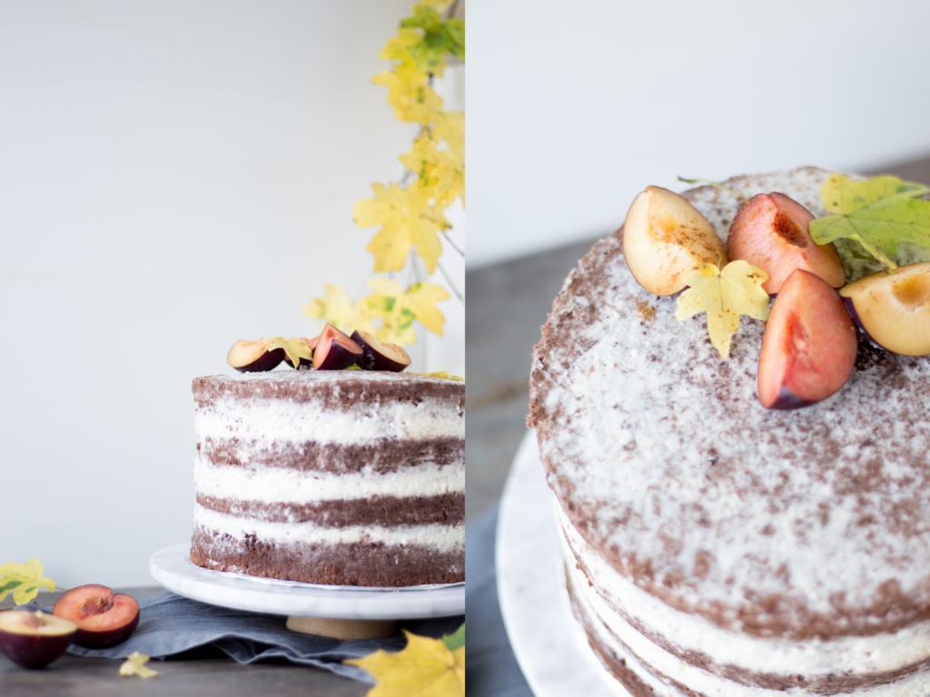 Saftige Schokoladen Torte Mit Topfen Sahne Fullung Und Pflaumen