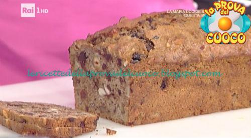 Bran cake con insalata di frutta di stagione ricetta Cattelani da Prova del Cuoco