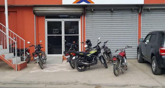 Asaltantes de sucursal bancaria cargaron con RD$200 mil pesos