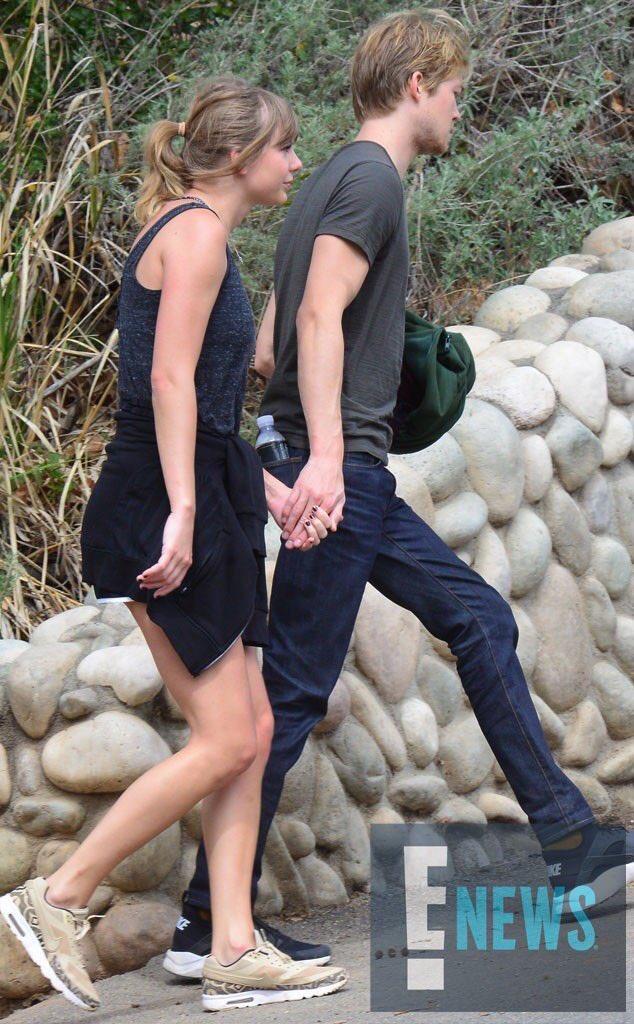 تايلور سويفت وحبيبها جو ألواين في رحلة رومانسية في ماليبو