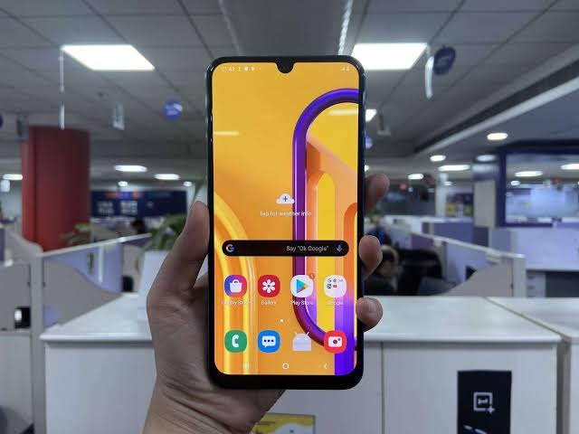 Galaxy m30s Android 11-based One UI 3