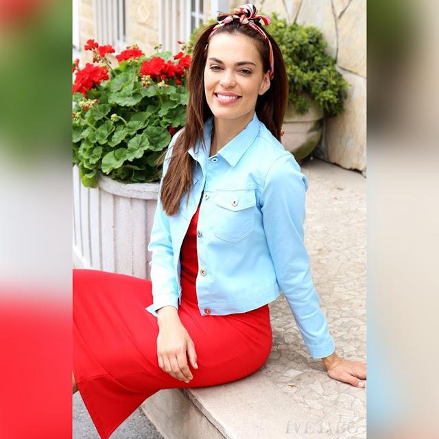 Γυναικείο κοντό μπλε μπουφάν SLAVEYA BLUE