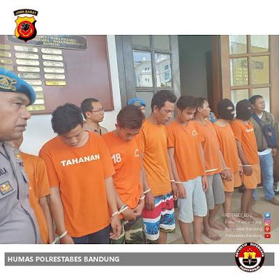 Pelaku-pelaku pengeroyokan jakmania di Bandung