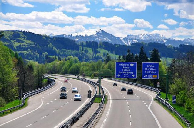 German Autobahn Is Not Like the Others (14 pics)