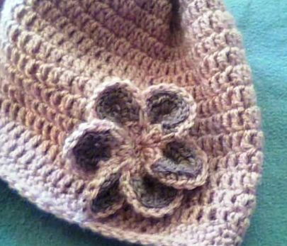 crochet et broderie fleur en crochet facile a realiser. Black Bedroom Furniture Sets. Home Design Ideas