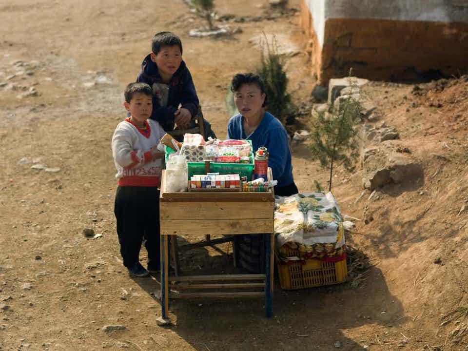 Πολλοί άνθρωποι στην Βόρεια Κορέα ζουν σε συνθήκες φτώχειας