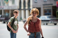 Jaeden Lieberher and Sophia Lillis in It (2017) (20)