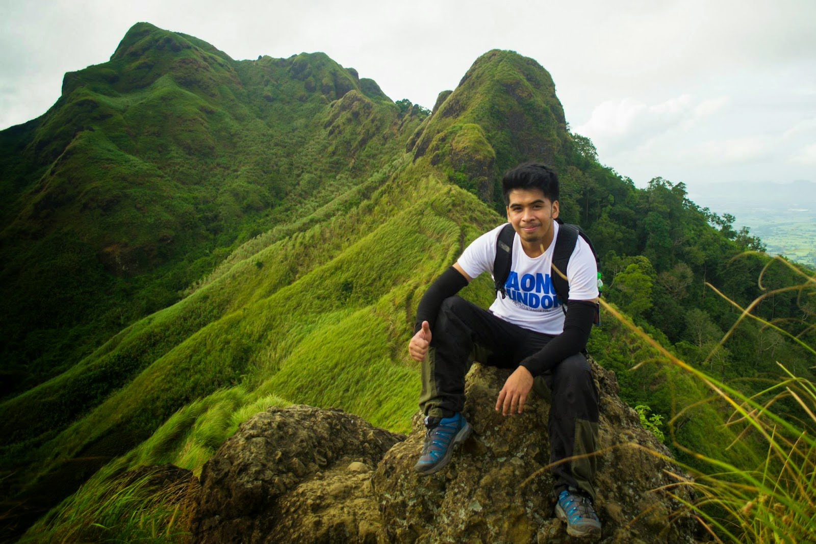 The Blogger with Mt. Batulao at the back