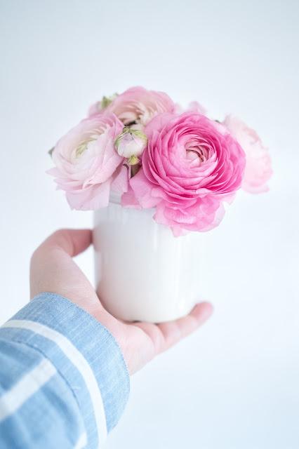 Pink flowers and a Lindex find ~ Ružové kvety a úlovok z Lindexu