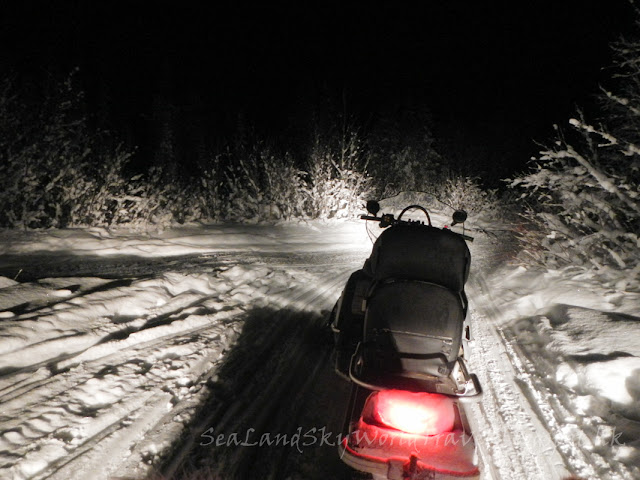 瑞典,  Kiruna guidetur, snowmobile sled