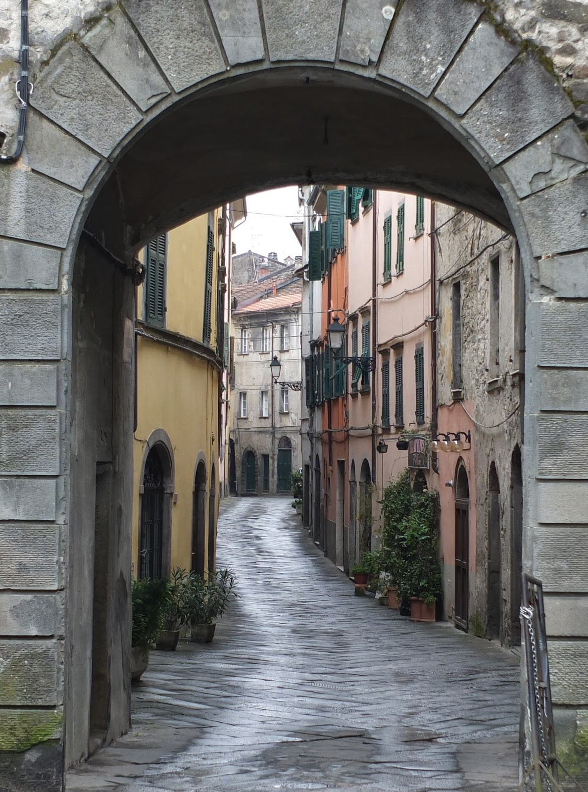 Porta Parma Pontremoli and Via Garibaldi
