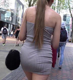 Candid fotos calle sexi chica vestido corto