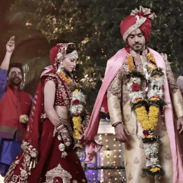 Lockdown के बीच उर्वशी रौतेला ने गौतम गुलाटी संग रचाई शादी फोटोज शेयर कर कहा 'शादी मुबारक नहीं बोलोगे?'