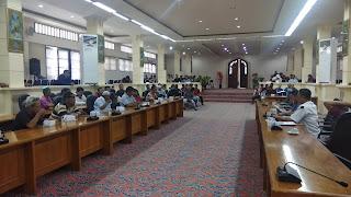 PKL Ngadu Ke Dewan Kota Cirebon, Berdagang Tunggu Rapat Selanjutnya