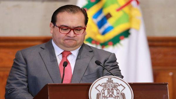 Interpol emite ficha roja para ubicar a exgobernador mexicano