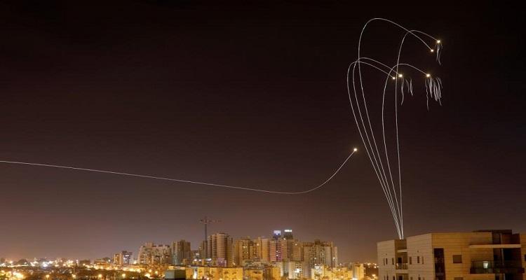 إسرائيل تنفذ ضربات جوية على غزة ردا على إطلاق صواريخ فلسطينية