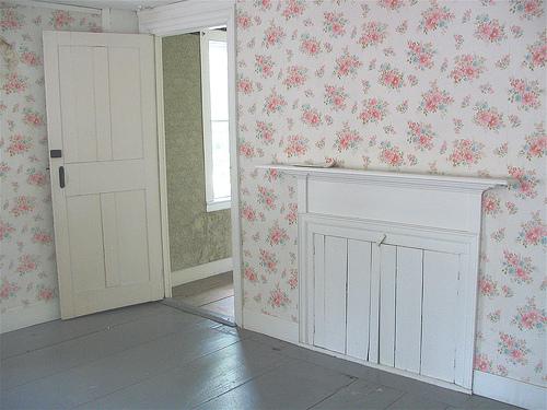 Cara memasang sendiri wallpaper dinding dengan rapi tips - Cara pasang wallpaper ...