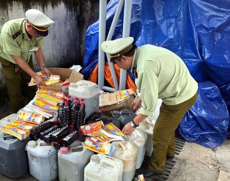 Dùng chất tẩy rửa vệ sinh sản xuất nước mắm của doanh nghiệp
