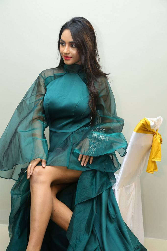 Actress Pooja Sri At Kanak Studio Launch Stills