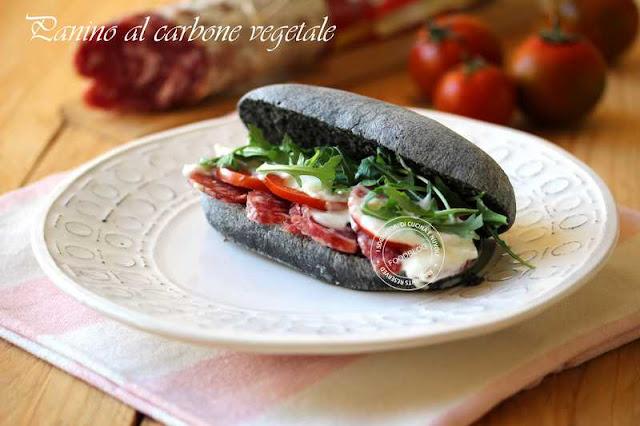 panino_al_carbone_vegetale