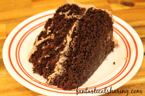 Double Layer Chocolate Cake with Red Wine Chocolate Frosting   Rich chocolate cake with red wine infused chocolate frosting to top it all off #recipe #cake #chocolate #wine #dessert