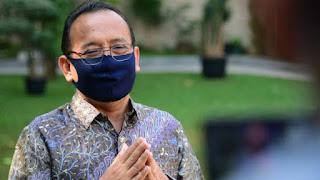 Nah Kan! Pihak Istana Mengakui Kekeliruan UU Cipta Kerja yang Diteken Jokowi