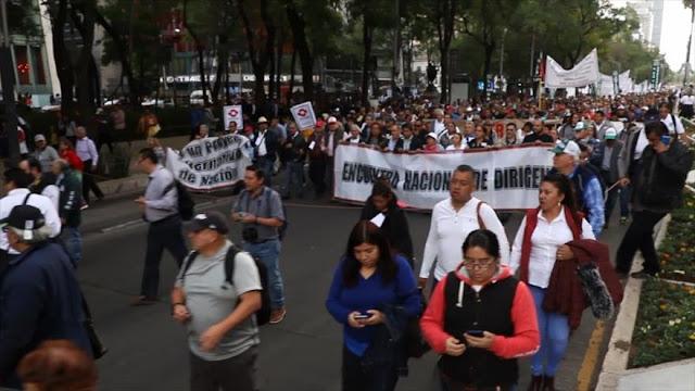 Mexicanos marchan por un Proyecto Alternativo de Nación