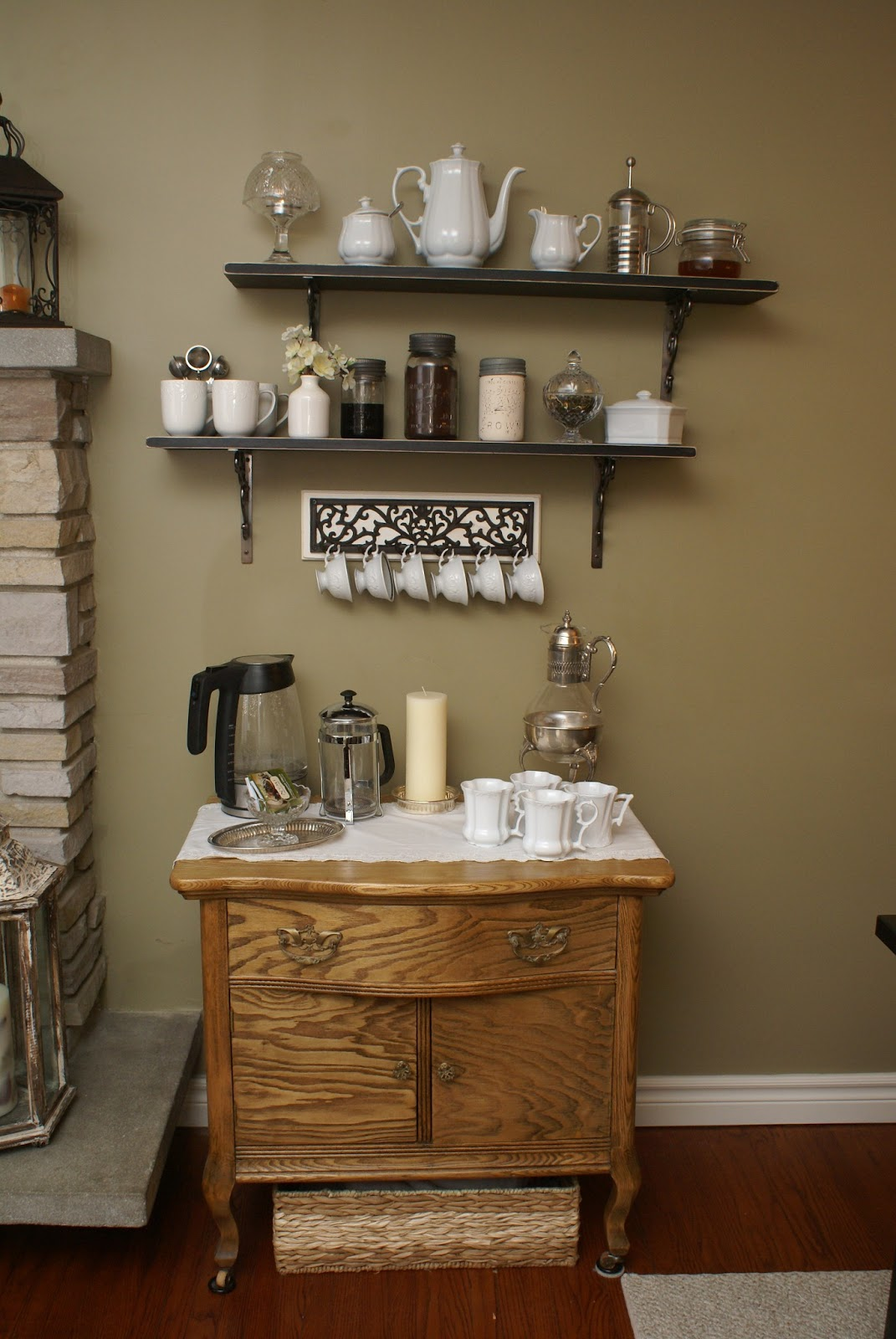 Divinely gifted coffee bar - Bars for small spaces ...