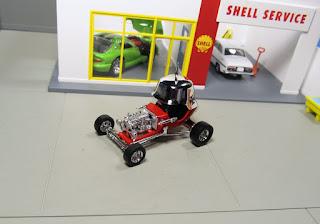 Hot Wheels 100%  Red Baron