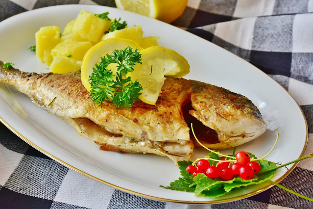 """alt=""""Fish ready for eat"""""""