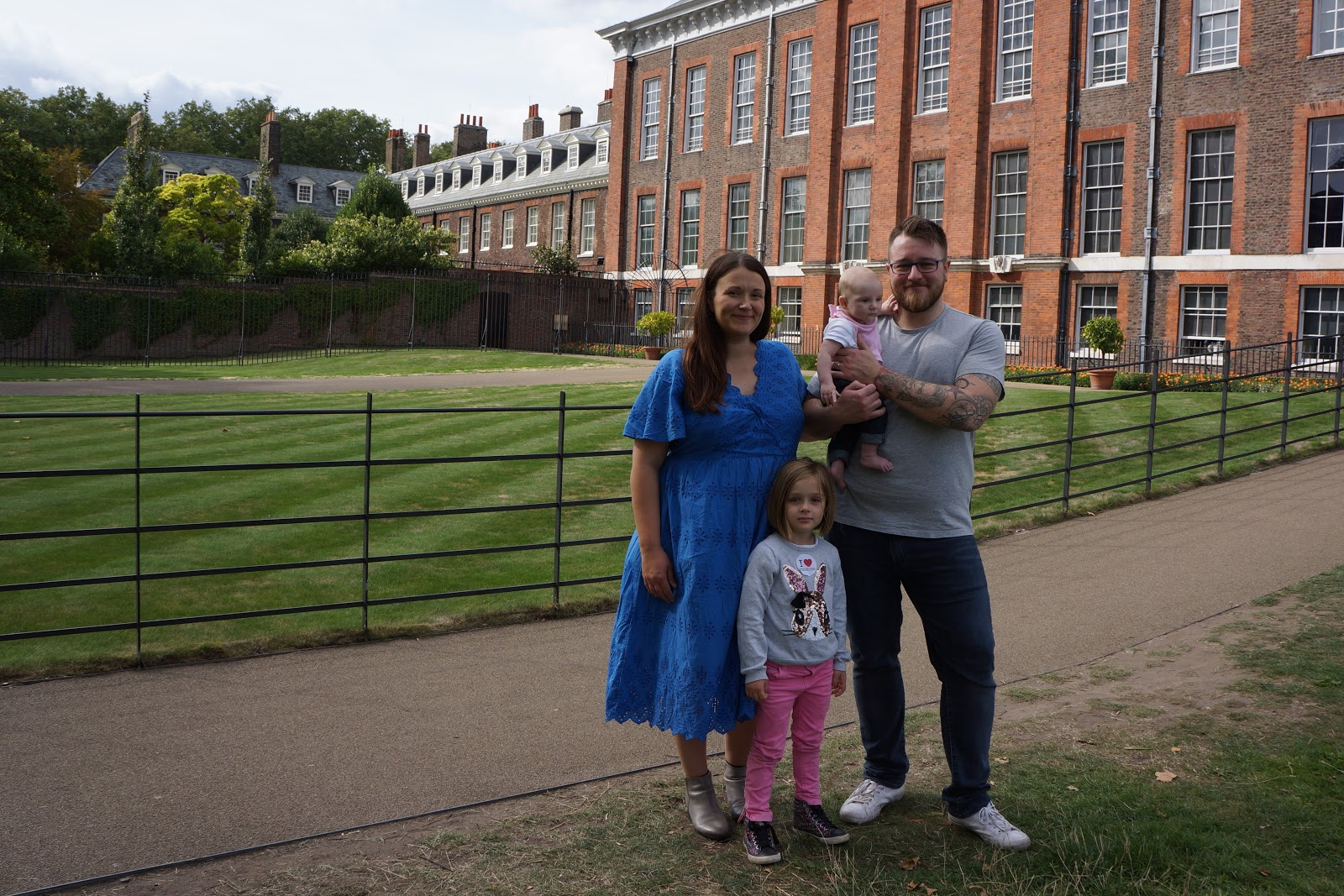kensington palace family photo