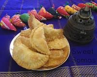 images if Sweet Somas Recipe / Sweet Somasi Recipe / Kajjikayalu Recipe / Diwali Sweet Recipes